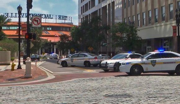 Atacante de Jacksonville mató a 2 personas y se quitó la vida