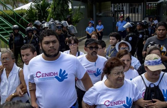 Policía Orteguista allana con violencia instalaciones de organismos civiles y de Derechos Humanos.