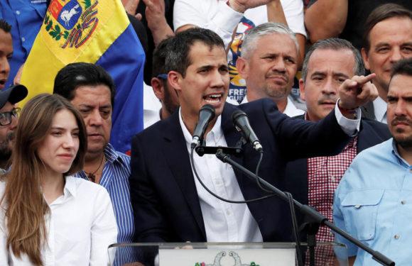 Guaidó condenó invasión de guerrilleros bajo consentimiento de Maduro
