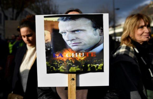 Cientos de miles en las calles y huelga para decir «no» a reforma de pensiones en Francia