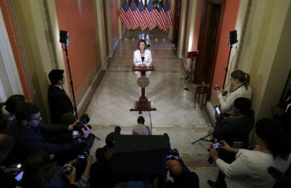 Presidenta de la Cámara baja de EEUU pide redactar cargos para juicio político de Trump