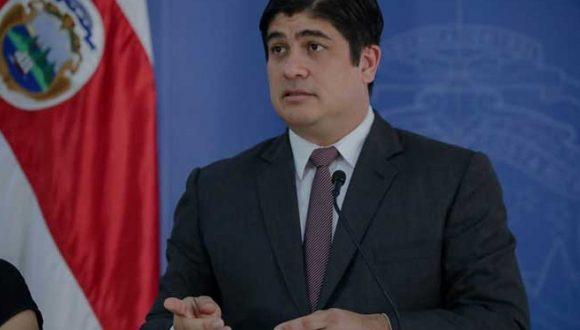 Presidente Alvarado anuncia cambios en el Ministerio de Comunicación, Hacienda, Ciencia y Tecnología