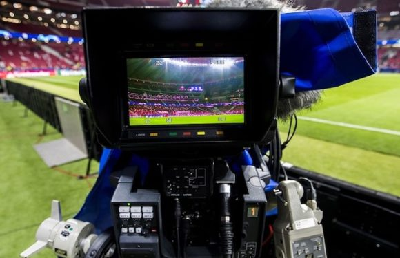Los comentarios en TV sobre el fútbol en inglés muestran prejuicios raciales, según estudio