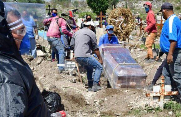 Mexico cada vez más cerca de los 90 mil fallecimientos por COVID-19