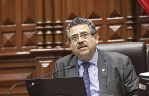 Manuel Merino sustituto de Vizcarra en la presidencia