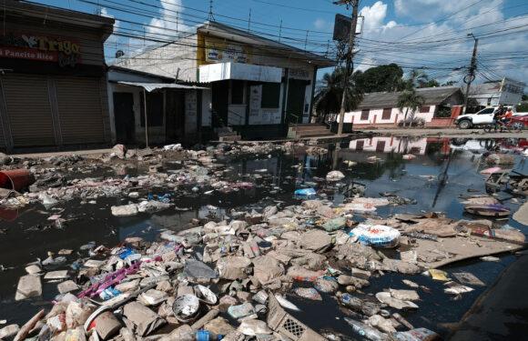 Iota amenaza devastar costas de Nicaragua y Honduras al convertirse en Huracan Categoría 5