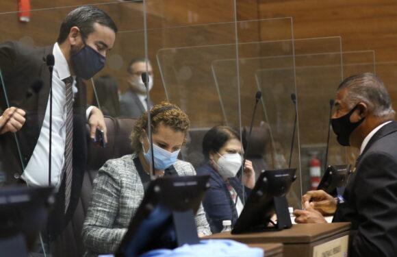 Diputados avalan proyecto de ley para asegurar la libertad religiosa