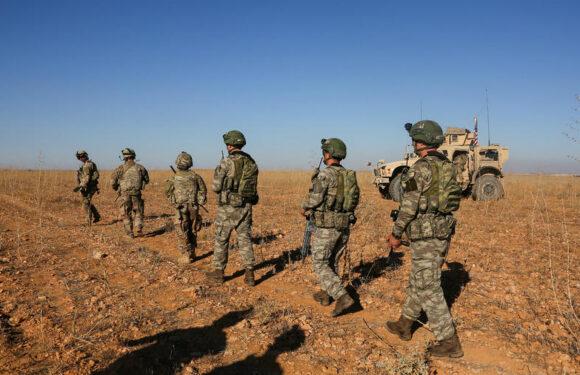 Estados Unidos retira a 50 soldados de Siria